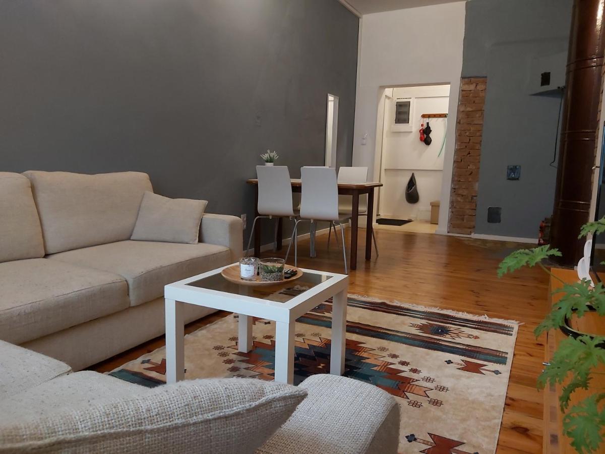 Апартаменты/квартира  Old Town Family Apartment  - отзывы Booking
