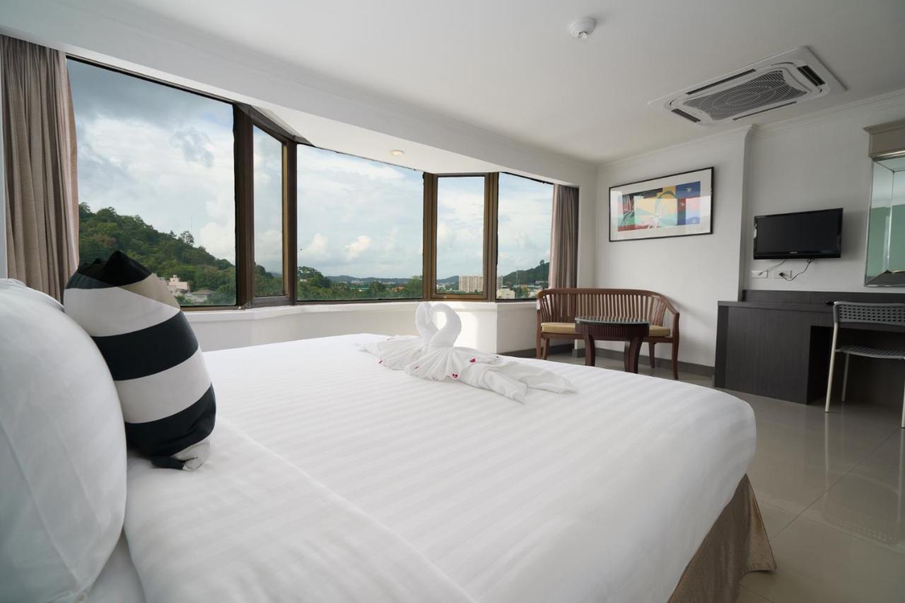 Отель  Отель  IPavilion Hotel Phuket