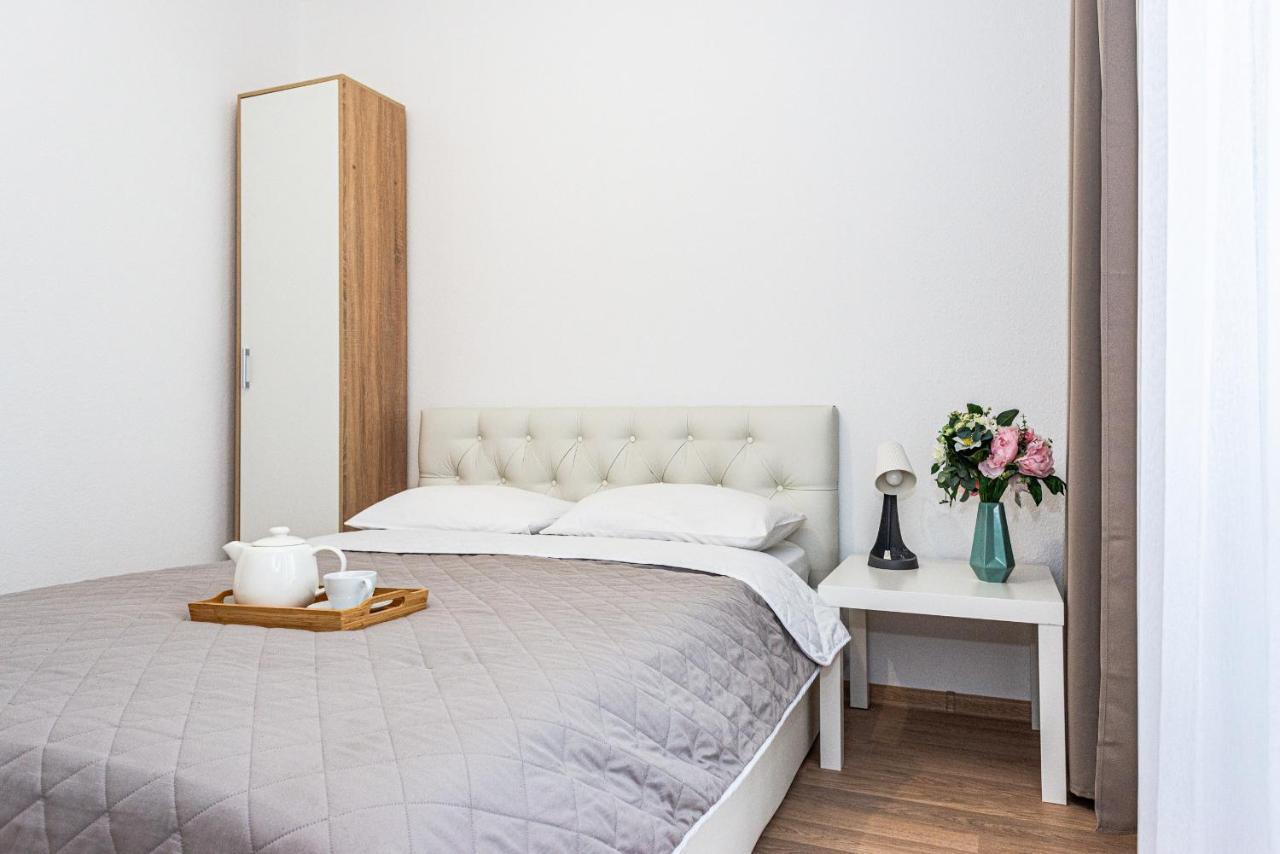 Апартаменты/квартира Уютные двухкомнатные апартаменты GOOD HOUSE