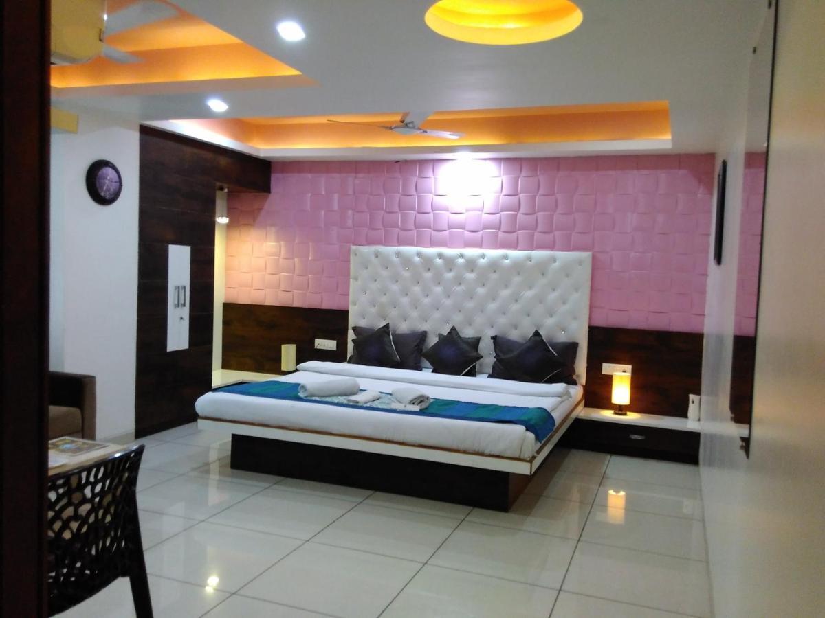 Отель Отель HOTEL SIGMA INN