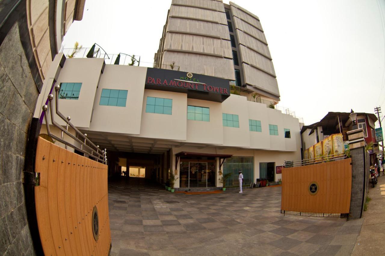 Отель  Отель  Paramount Tower