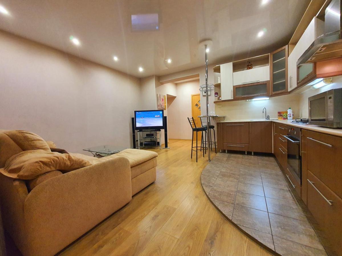 Апартаменты/квартира  Апартаменты на Челюскинцев 7  - отзывы Booking