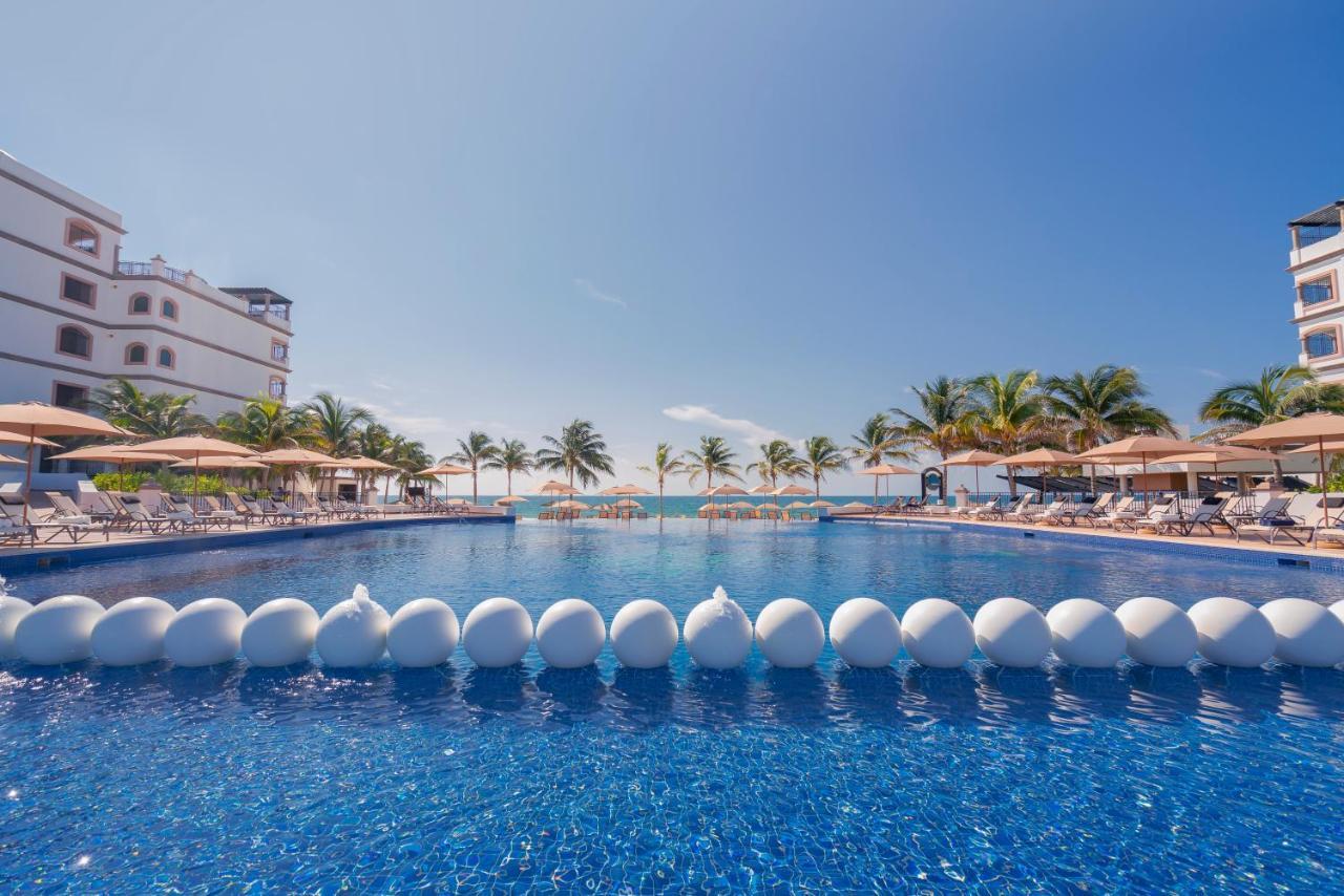 Курортный отель  Grand Residences Riviera Cancun  - отзывы Booking