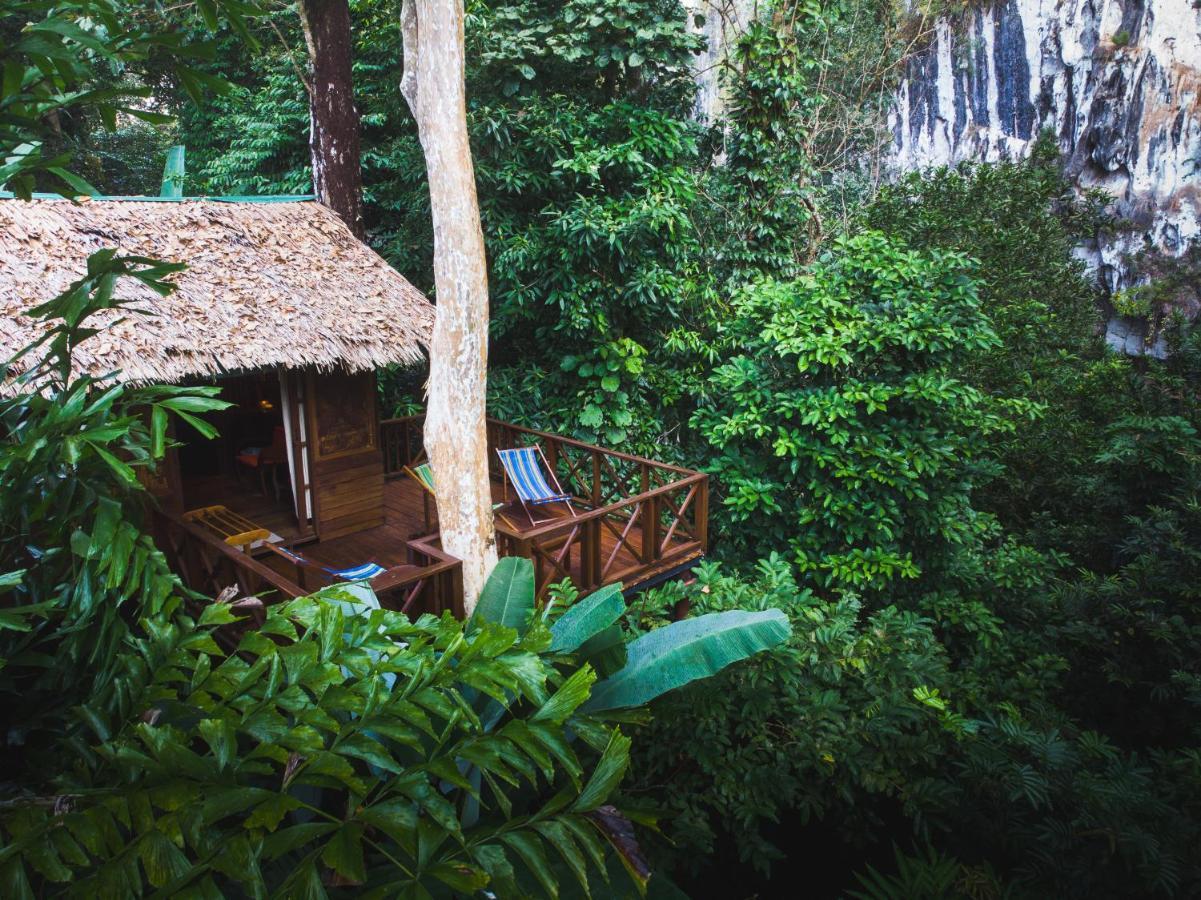 Курортный отель  Our Jungle House
