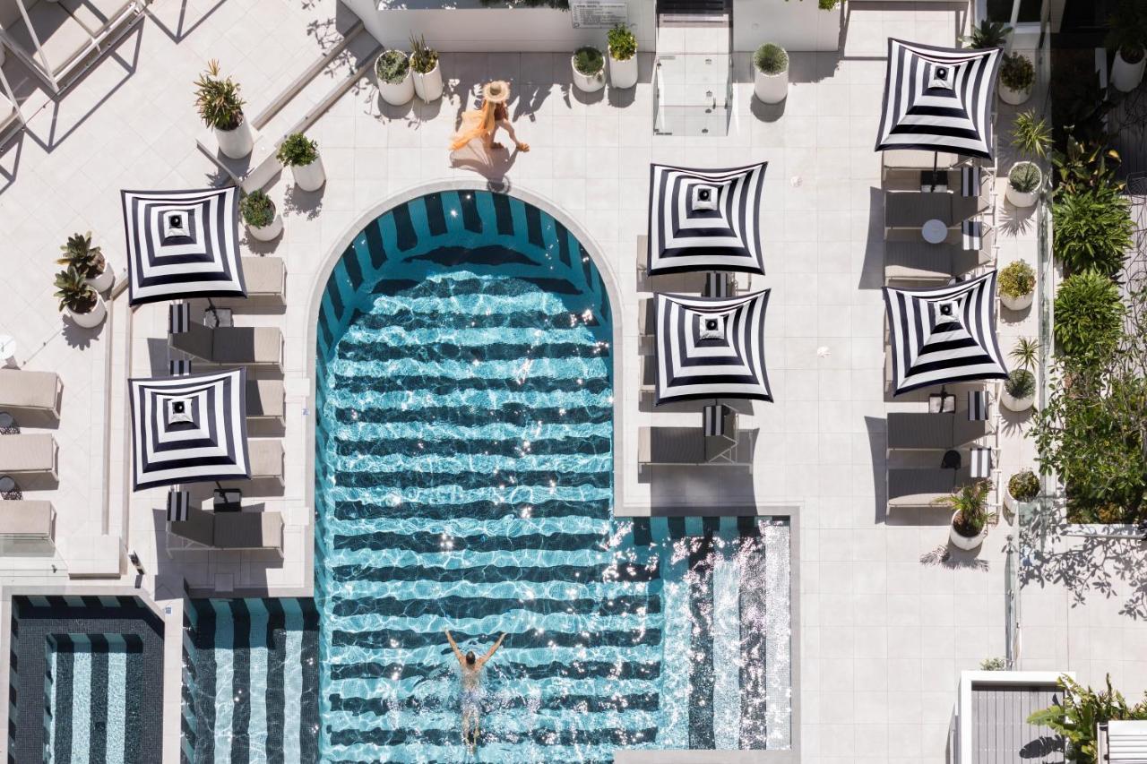 Отель  QT Gold Coast  - отзывы Booking