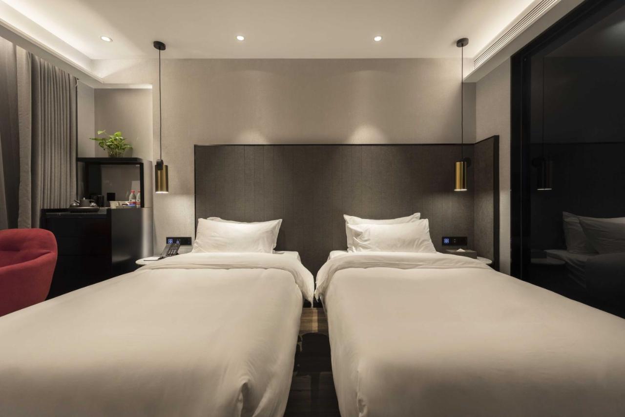 Отель  Отель  摩登之冠酒店
