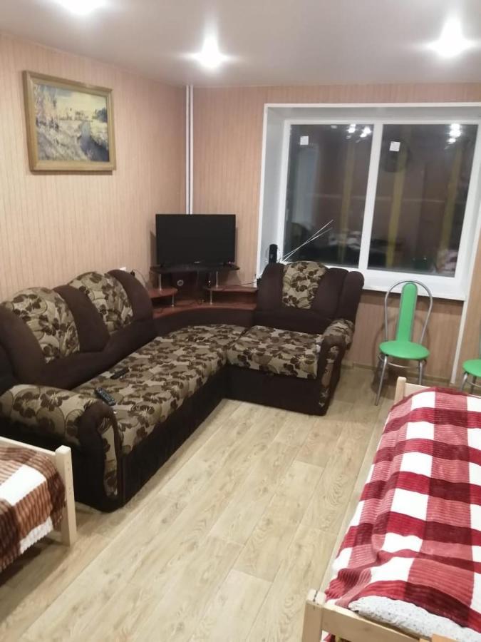 Апартаменты/квартира Двухкомнатная квартира со всеми удобствами на Приморской ул - отзывы Booking