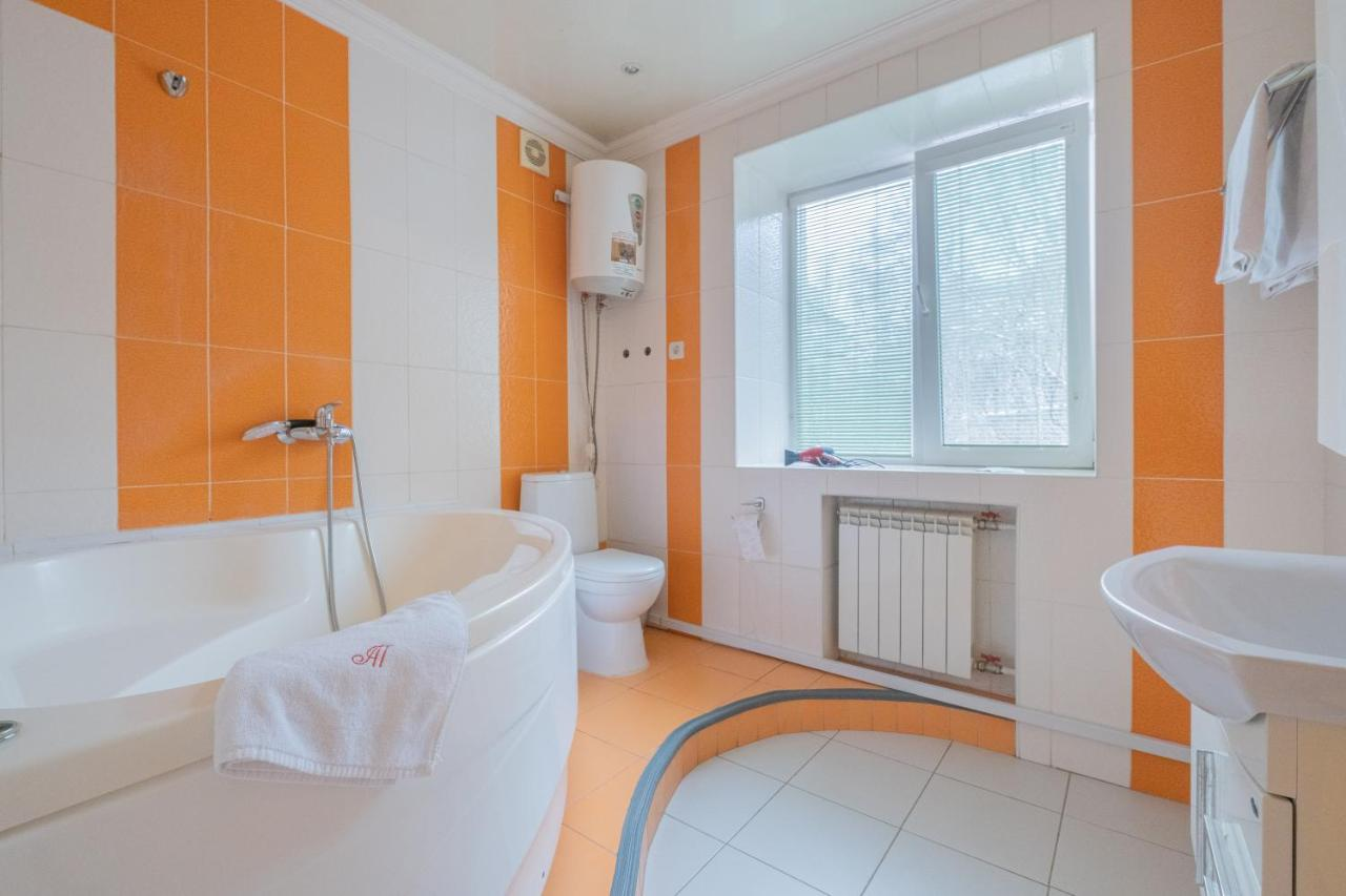 Апартаменты/квартира Apart Petrovskie on Yeniseyskaya 3 - отзывы Booking