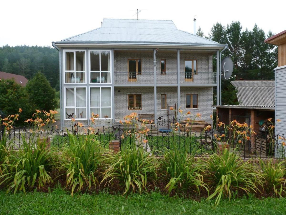 Дом для отпуска  коттедж на кордоне