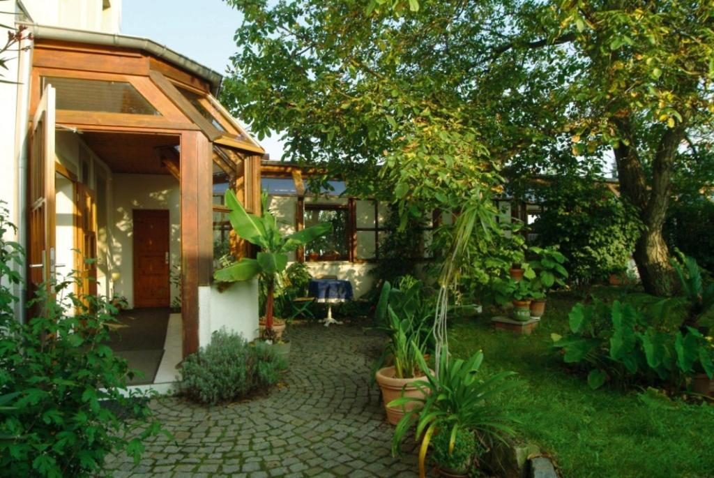 Гостевой дом  Гостевой дом  Dresdner Höhe