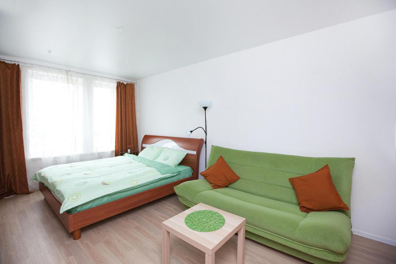Апартаменты/квартира Новый аппартамент возле аэропорта Внуково и метро Саларьево - отзывы Booking