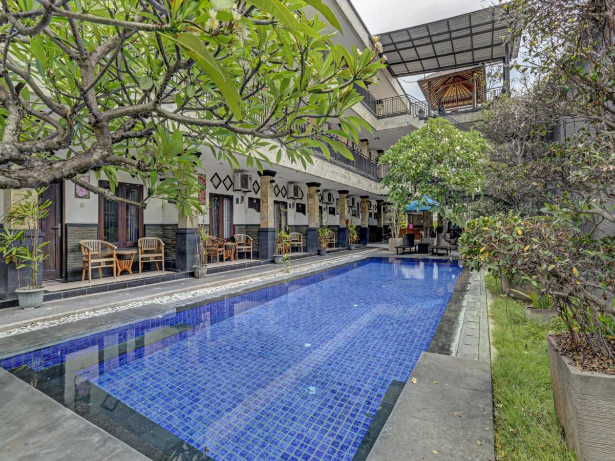 Отель  OYO 3904 Kiki Residence Bali