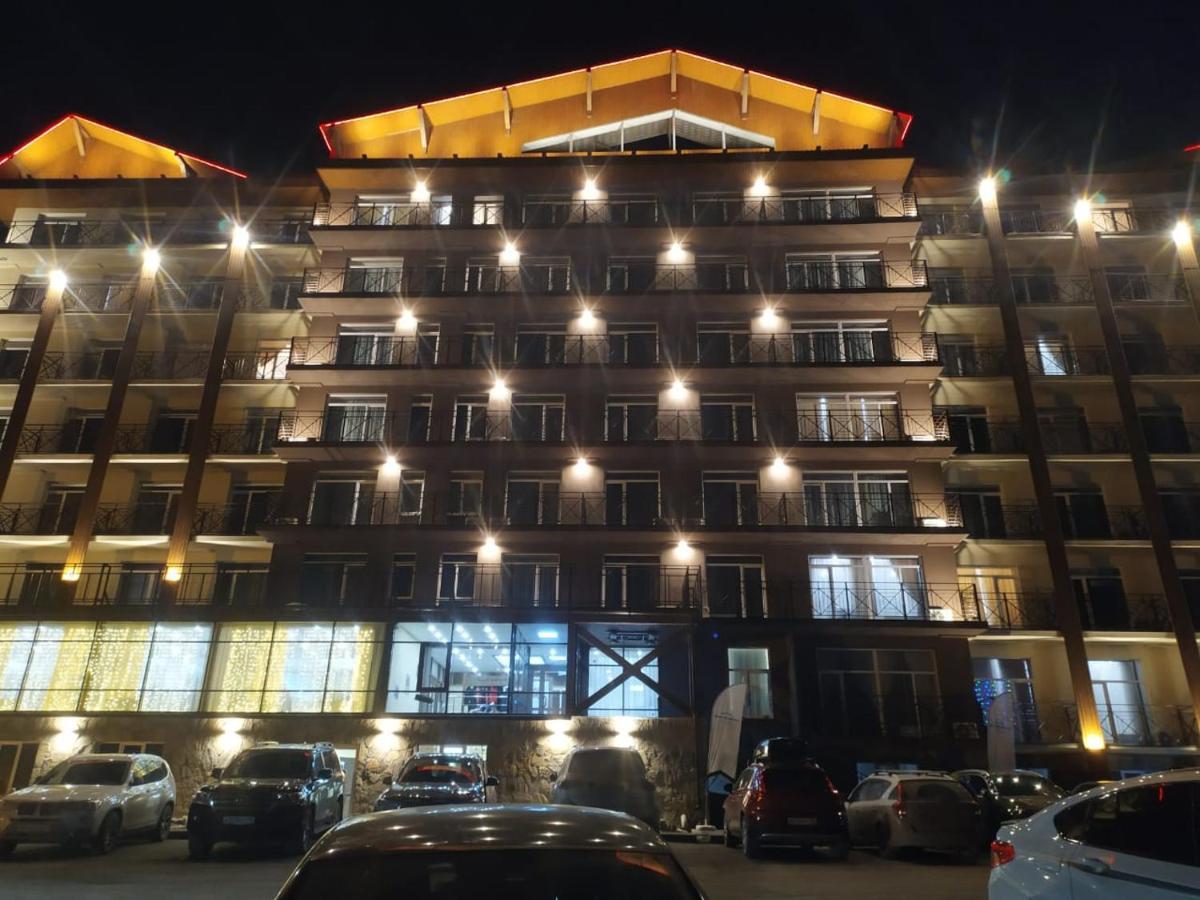Апартаменты/квартира Апартаменты в ГЛК Солнечная долина - отзывы Booking