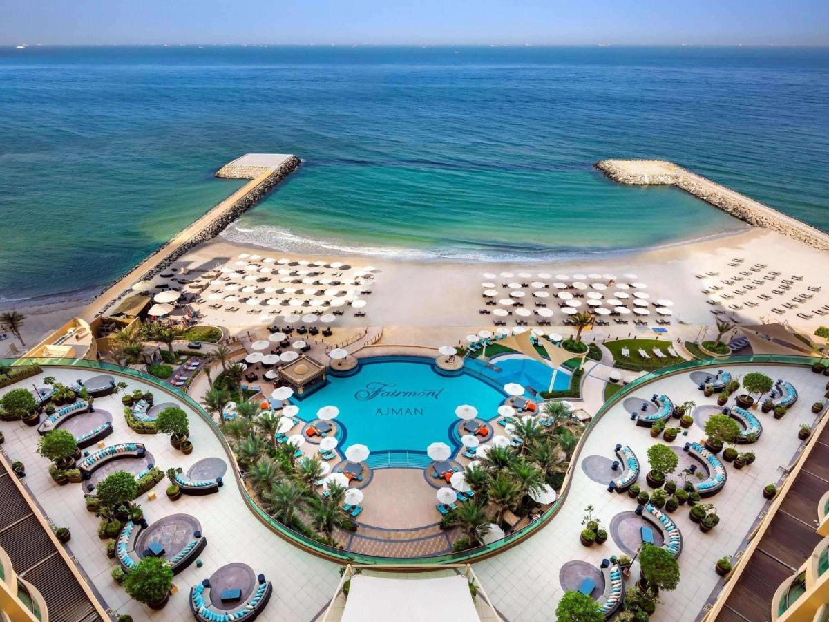 Курортный отель  Fairmont Ajman