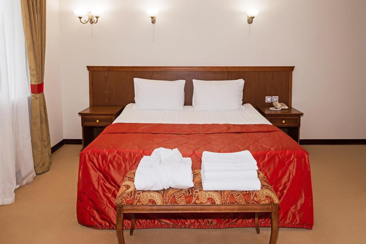 Отель  Отель Галерея  - отзывы Booking