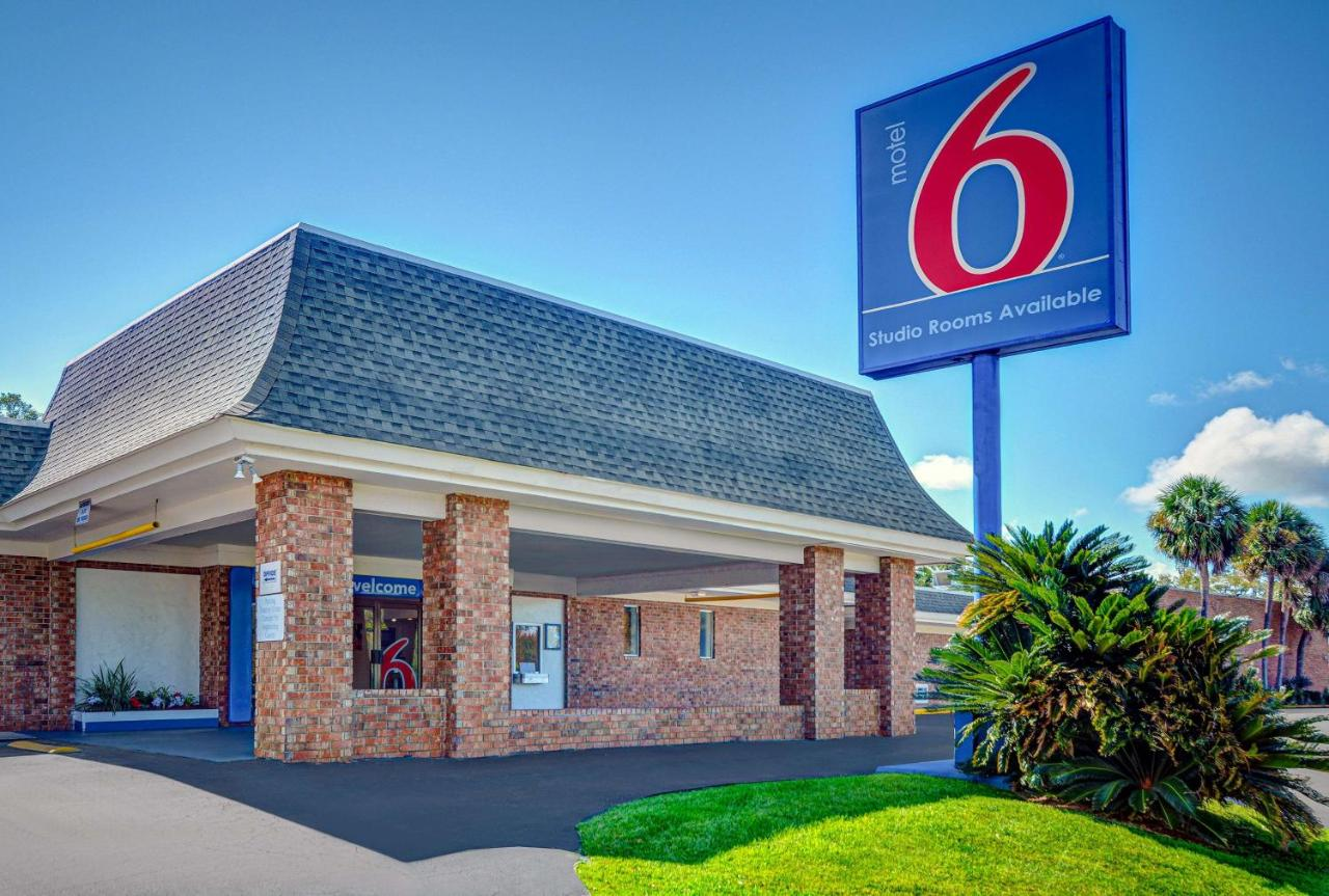 Отель  Motel 6-Tallahassee, FL - Downtown  - отзывы Booking