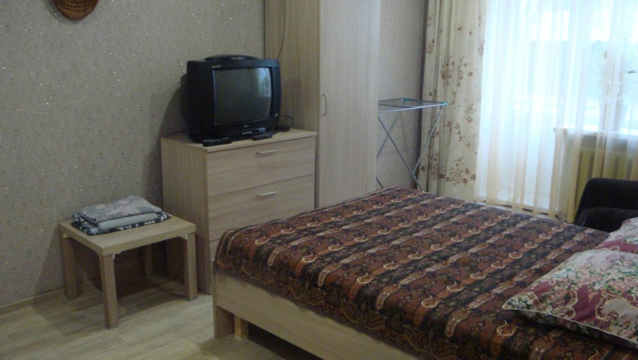 Апартаменты/квартира  Однокомнатная квартира в краткосрочный найм