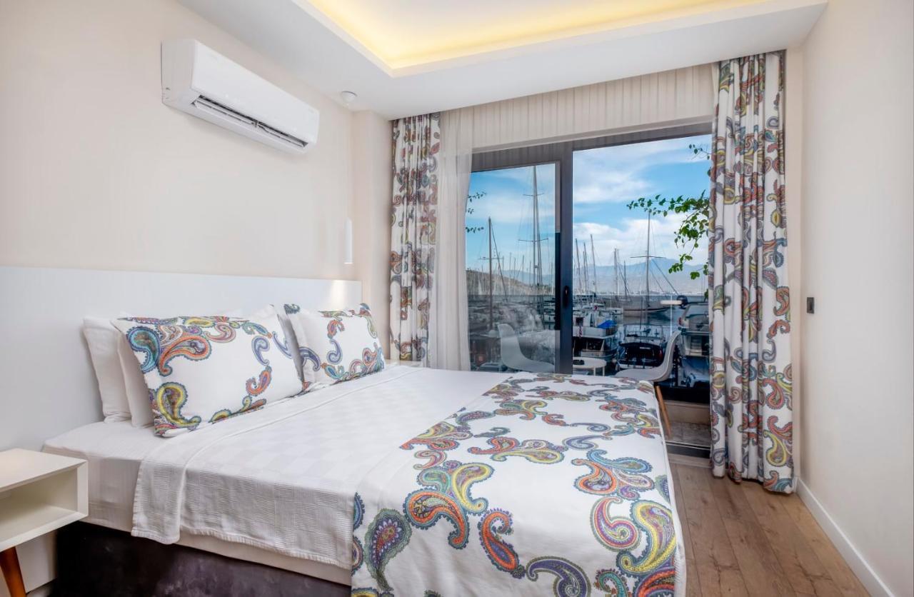 Отель  Ece Marina Suit