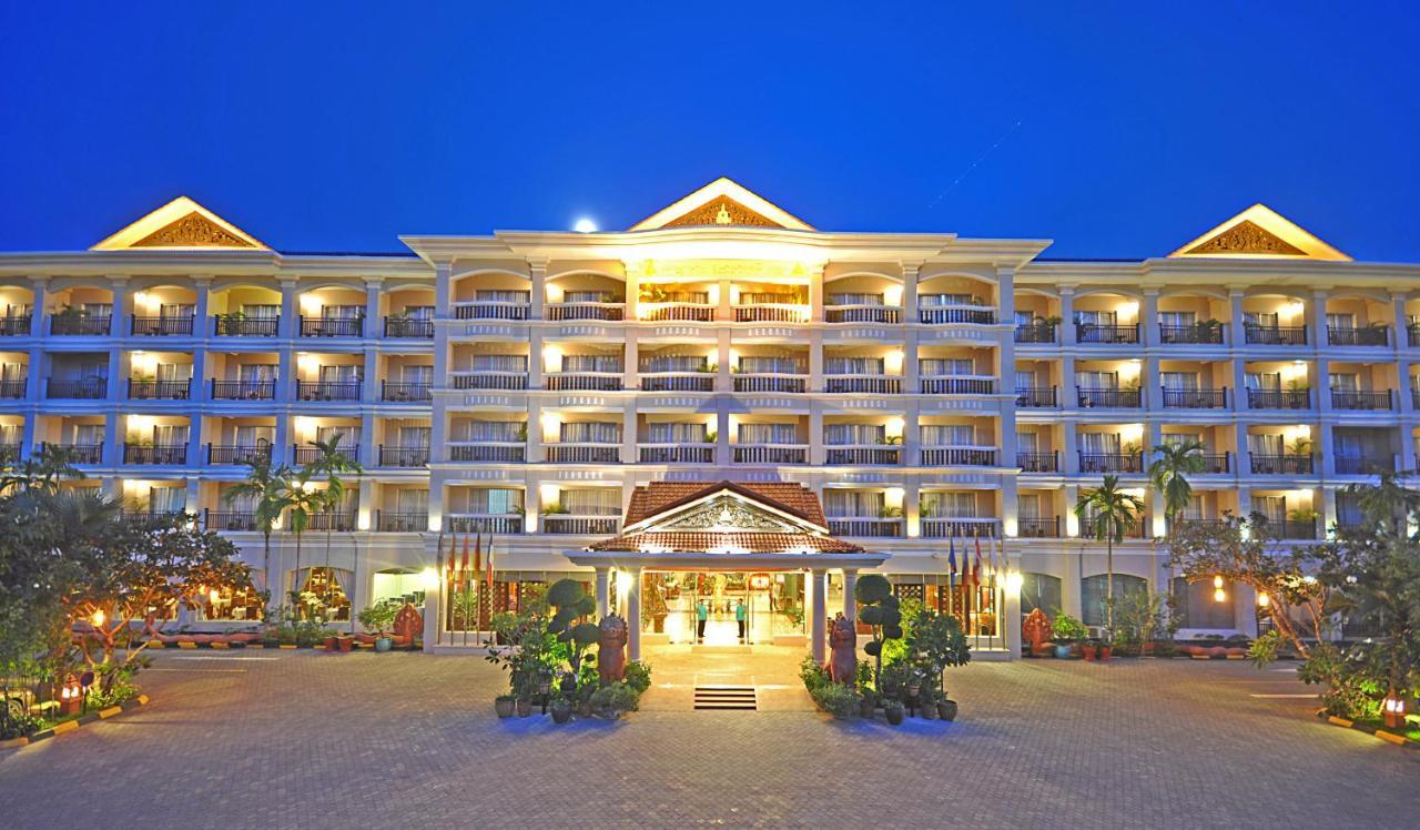 Отель  Hotel Somadevi Angkor Resort & Spa