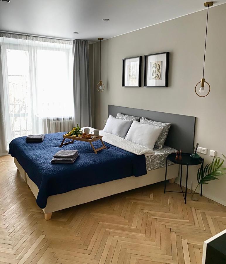 Апартаменты/квартира  Bird Family на Новочеркасской, ЕвроТРЁШКА  - отзывы Booking