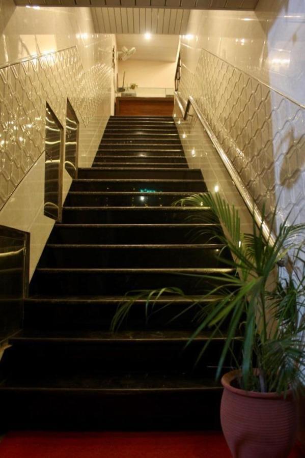 Мотель  Hotel Pukhraj  - отзывы Booking