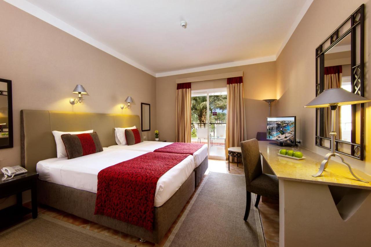 Курортный отель  Jaz Makadina  - отзывы Booking