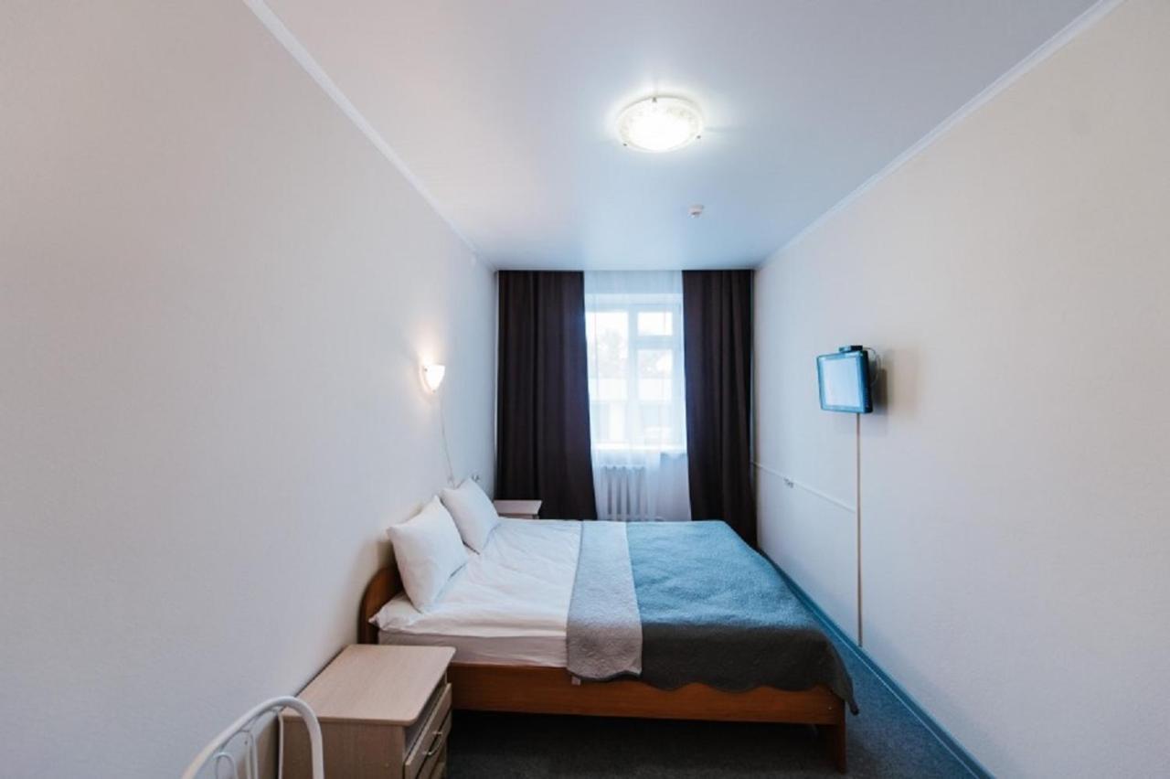 Отель  Отель  Гостиница Декабрист Серова 30