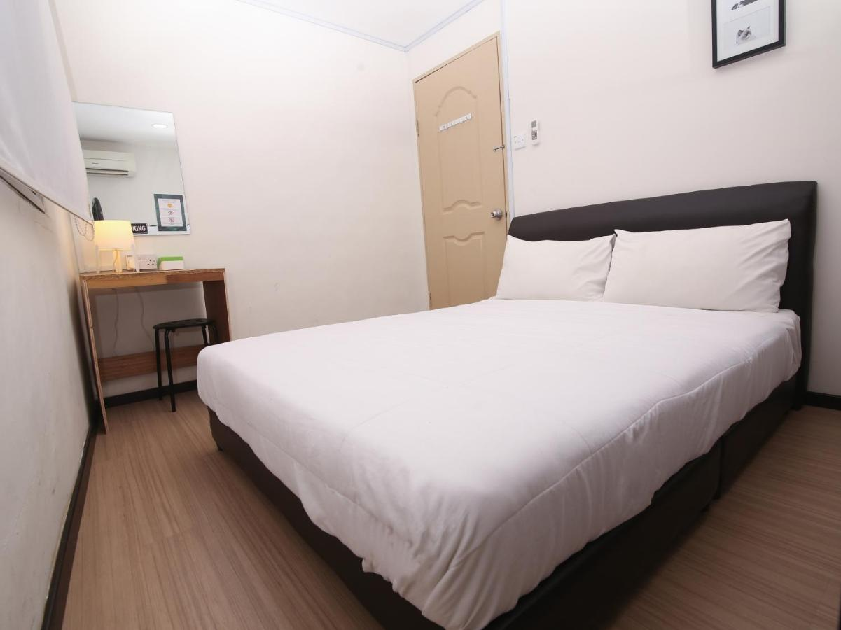 Отель Отель SPOT ON 90128 Little Houses