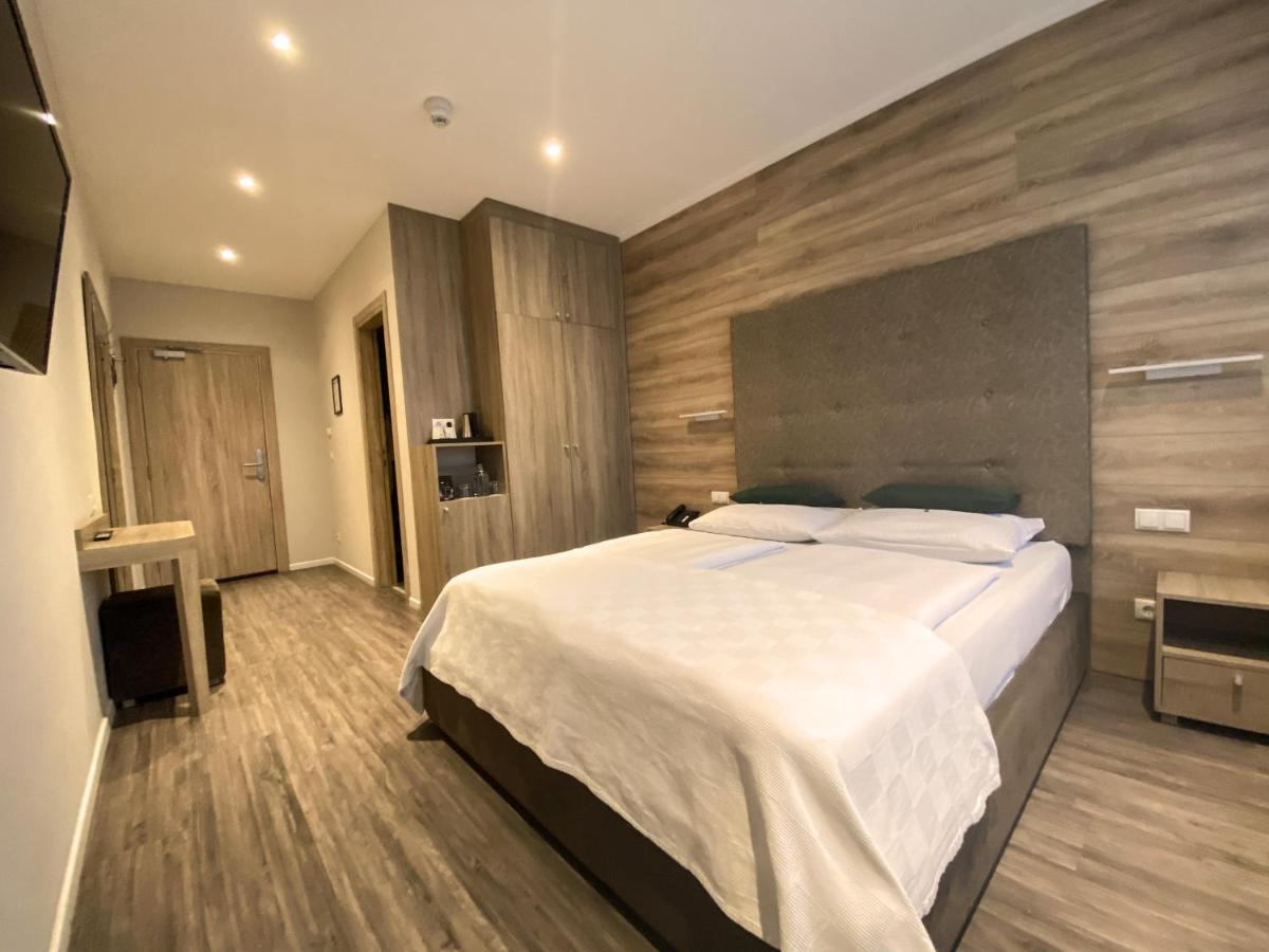 Отель  Stadthotel Hamburg  - отзывы Booking