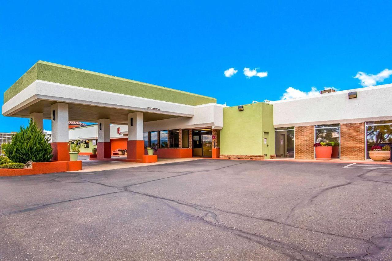 Отель  Отель  Clarion Inn Grand Junction