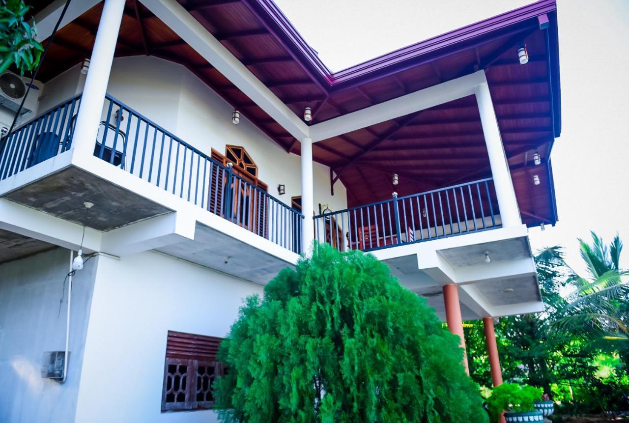 Отель Double Lake View Tissa - отзывы Booking