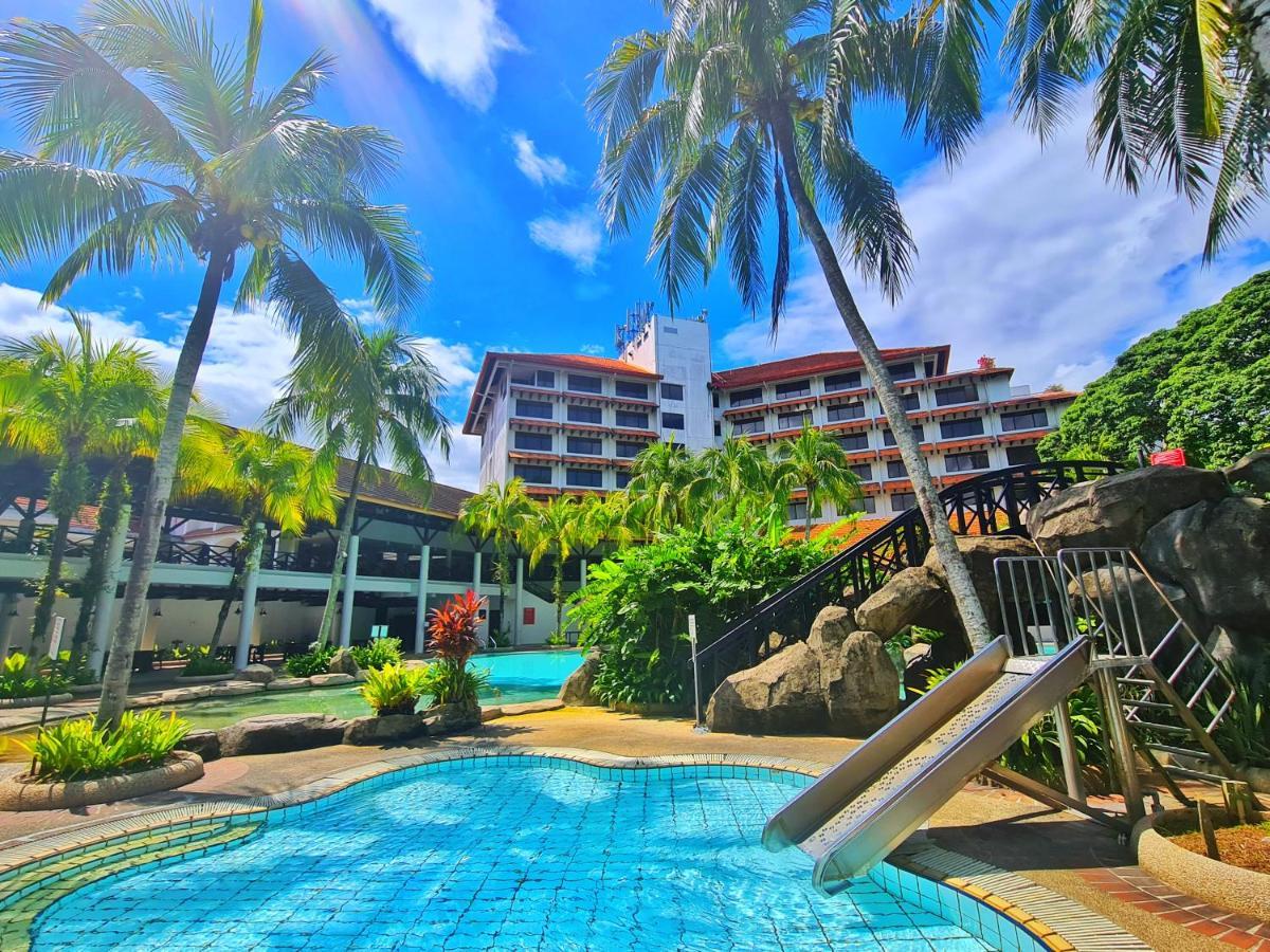Отель  Sabah Hotel  - отзывы Booking