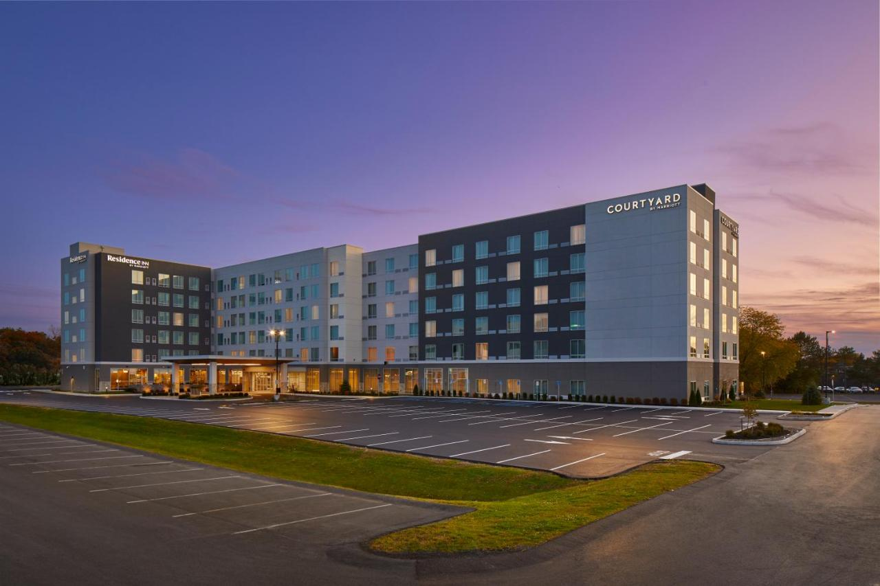 Отель  Отель  Courtyard By Marriott Albany Airport