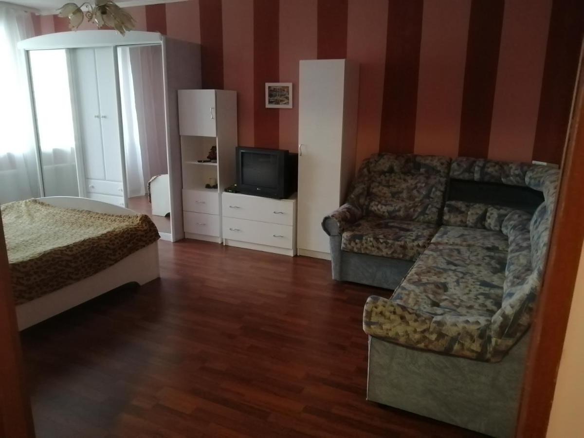 Апартаменты/квартира  Квартира на Хутынской 29  - отзывы Booking