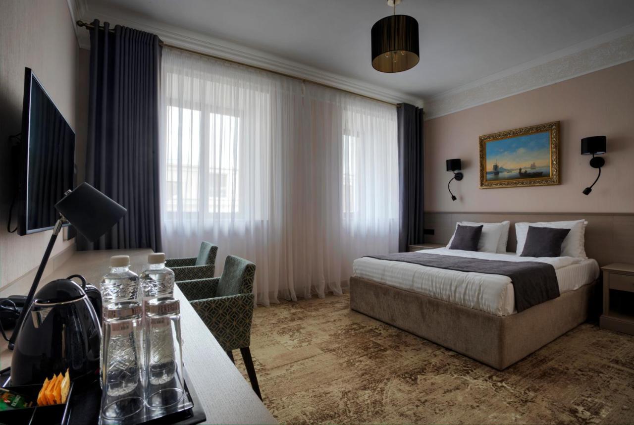 Отель  Отель Айвазовский  - отзывы Booking