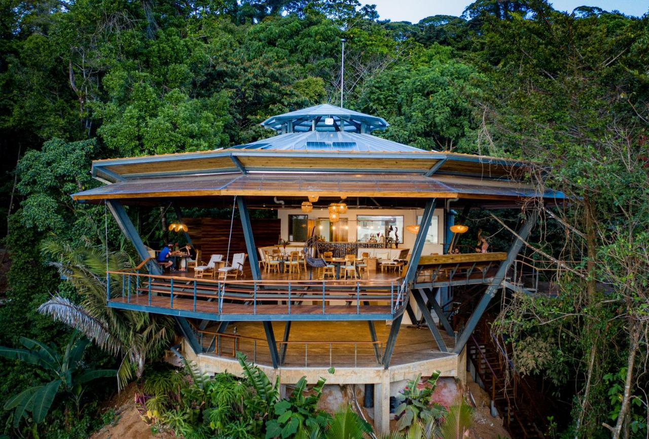 Мини-гостиница  La Loma Jungle Lodge And Chocolate Farm