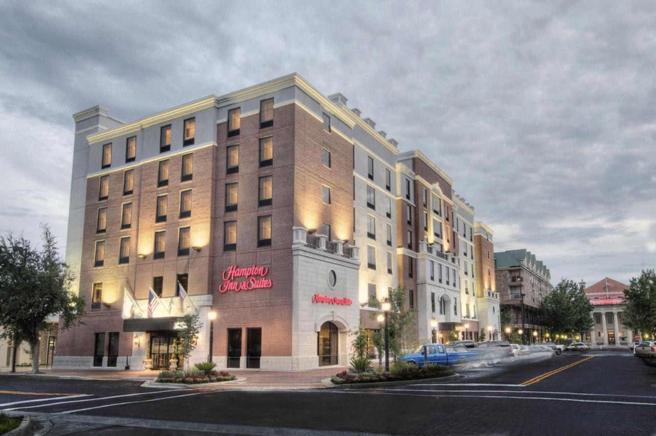 Отель  Отель  Hampton Inn Suites - Gainesville Downtown