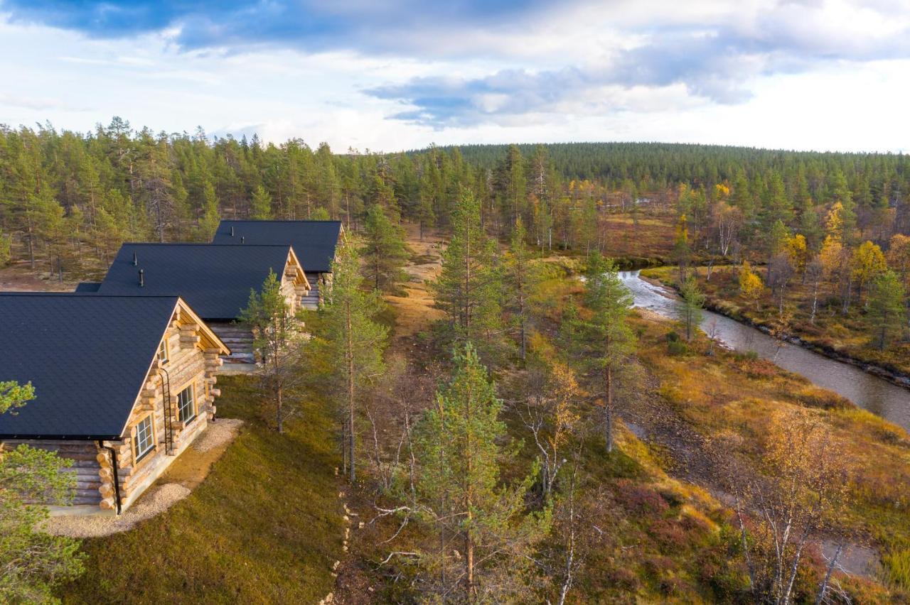 Отель Wilderness Hotel Muotka & Igloos