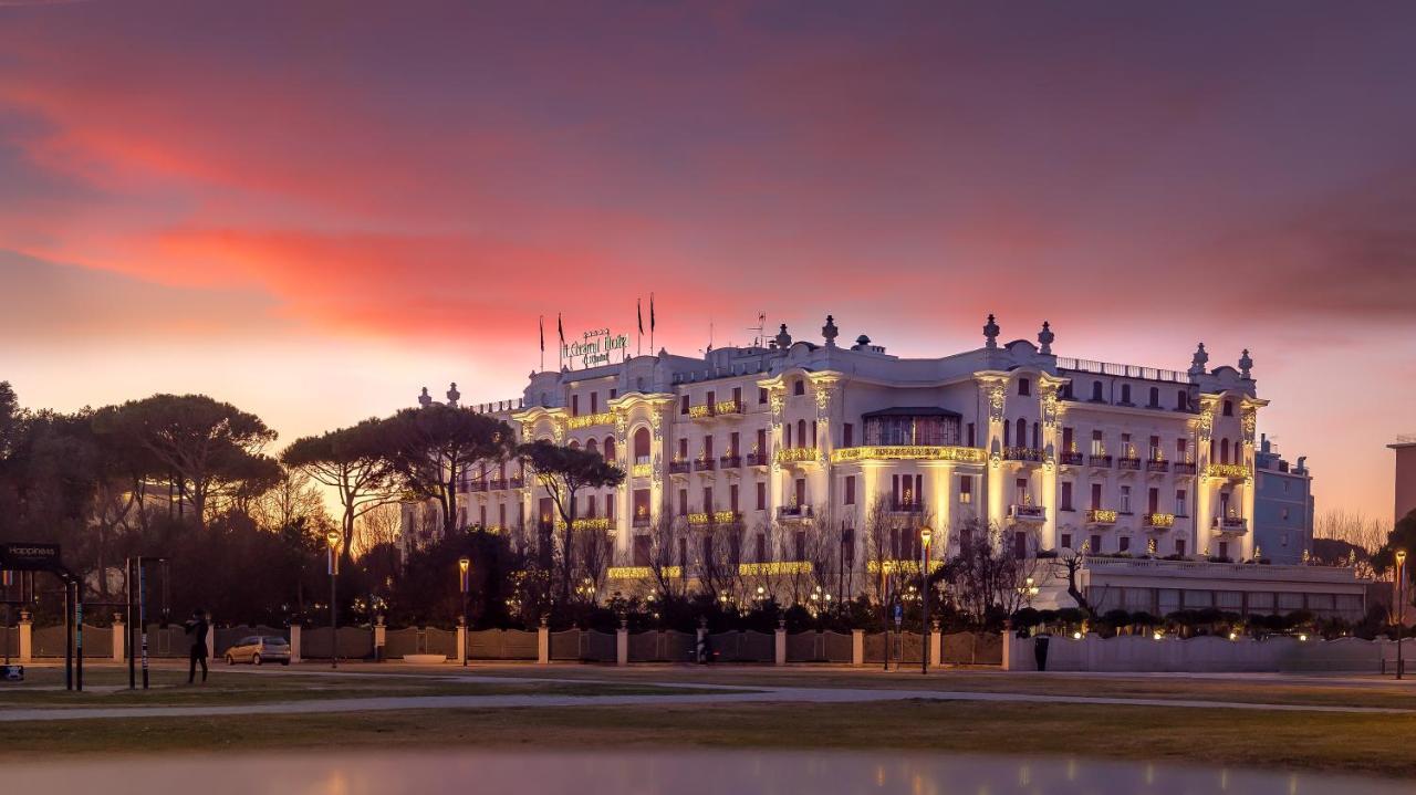 Отель  Grand Hotel Rimini  - отзывы Booking