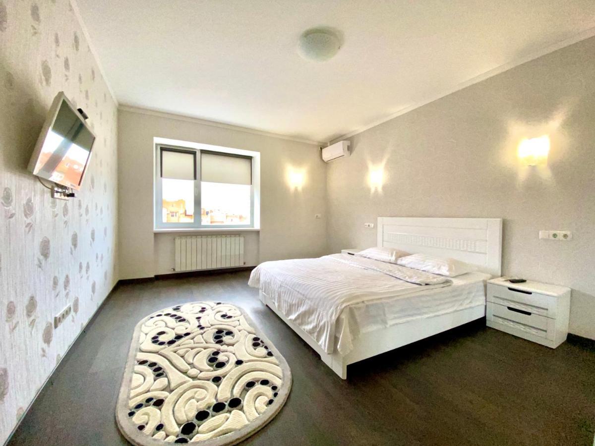 Апартаменты/квартира  Просторная 2 комн. раздельные комнаты  - отзывы Booking