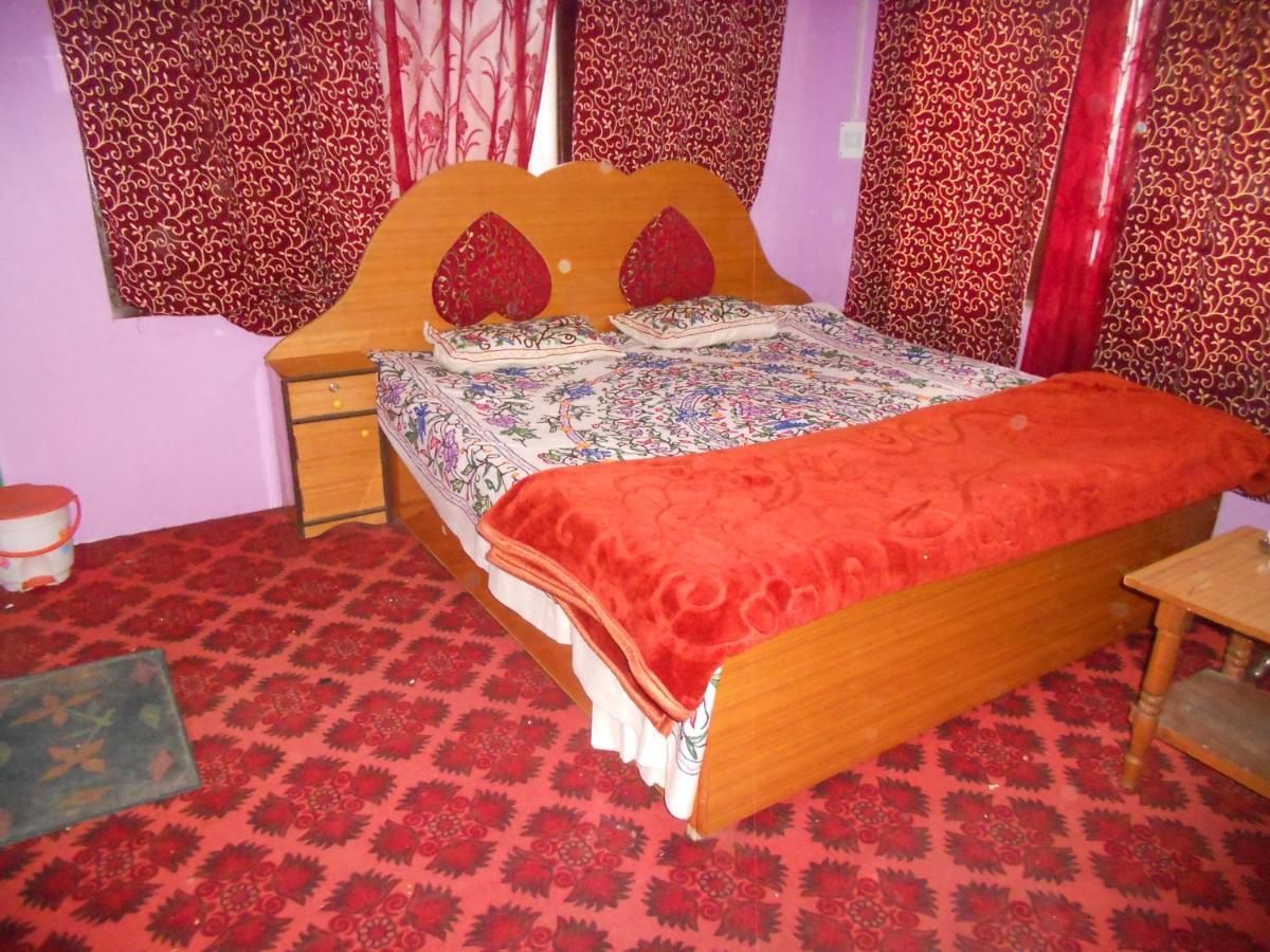 Гостевой дом  Alamdar Guest House