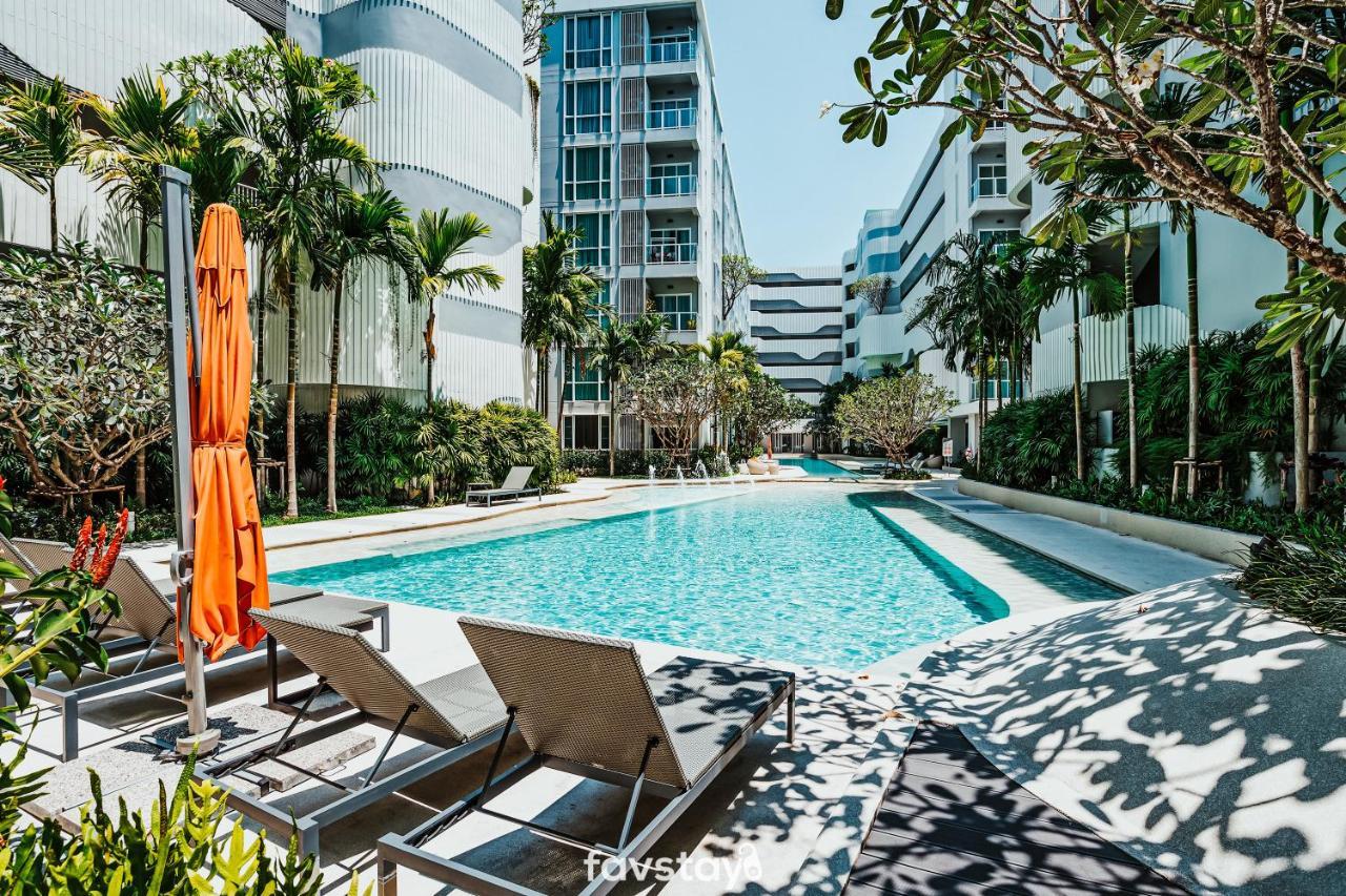 Апартаменты/квартира  Favstay - The Base Downtown Phuket