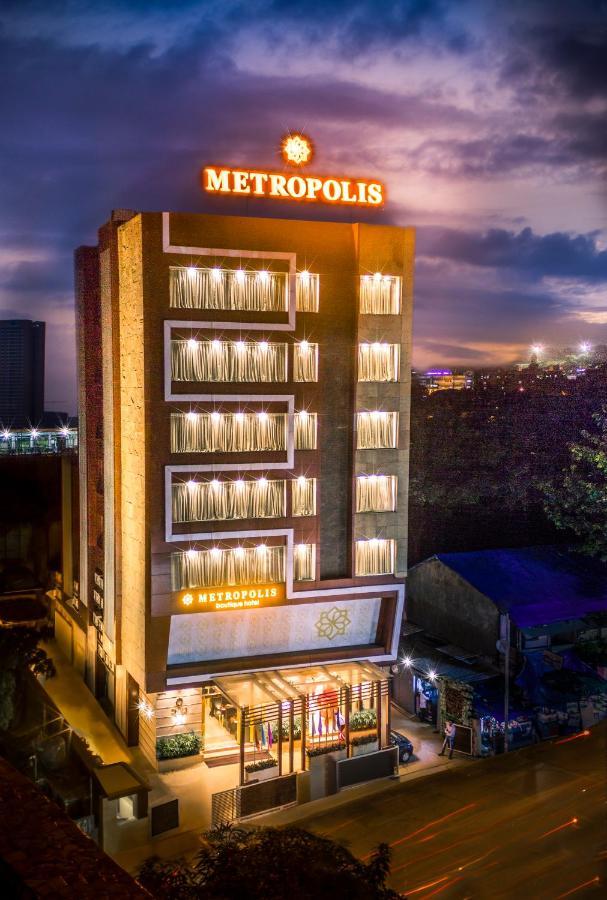 Отель  Metropolis Hotel by Maxx Value Hospitality  - отзывы Booking