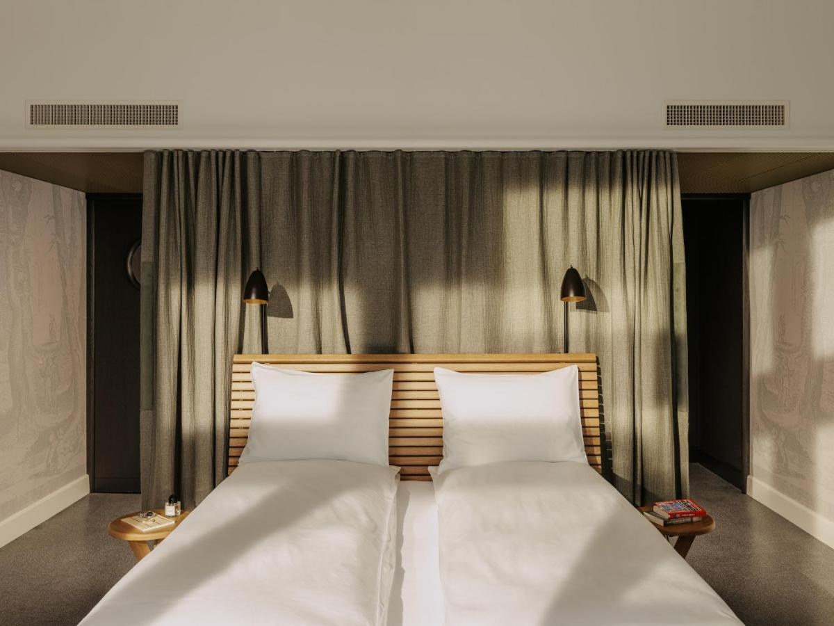 Отель  Volkshaus Basel Hotel  - отзывы Booking