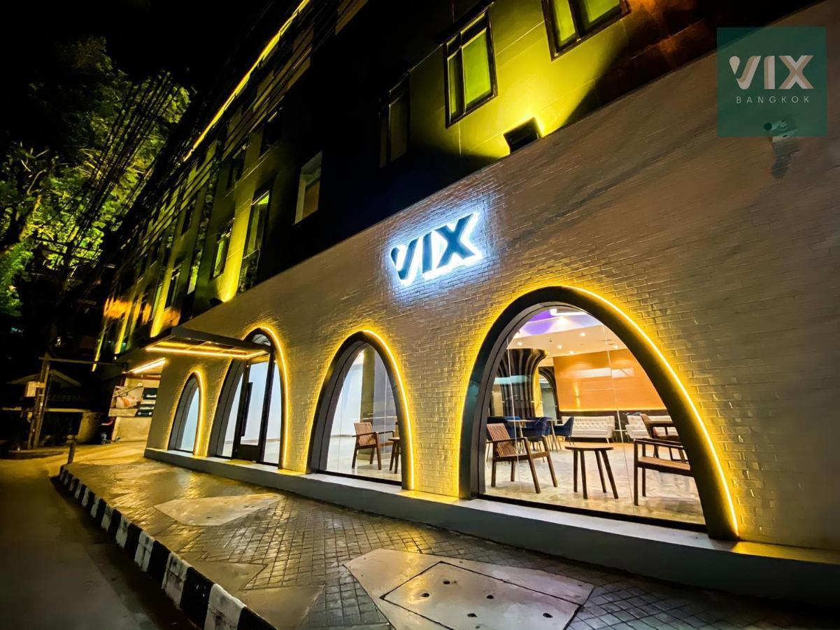 Отель  VIX Bangkok At Victory Monument