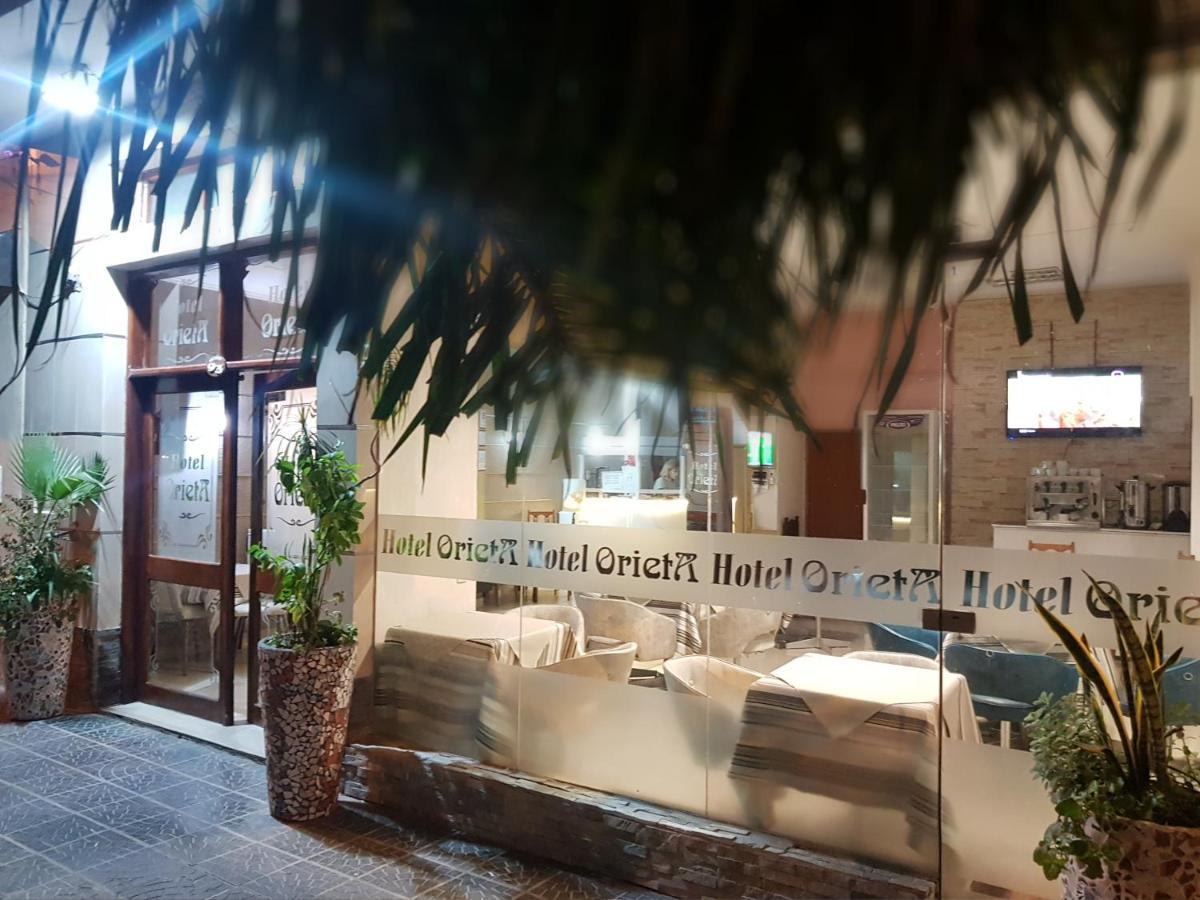 Отель  Hotel Orieta  - отзывы Booking