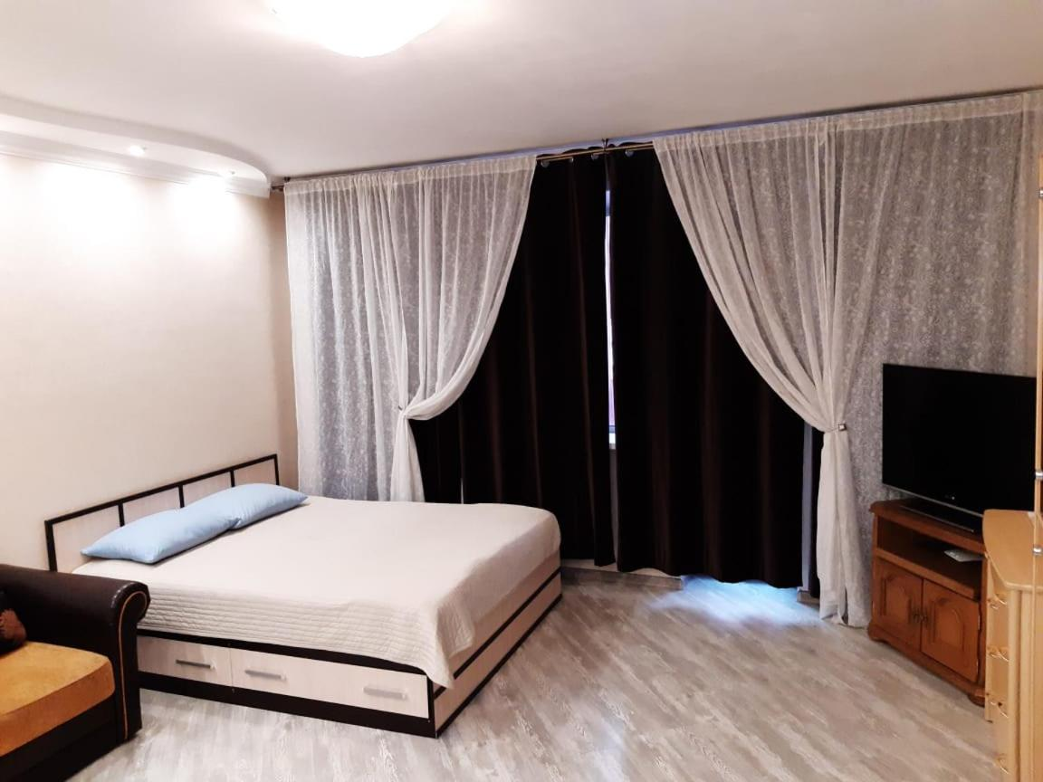 Апарт-отель Large Apartment on Startovaya 1 - отзывы Booking
