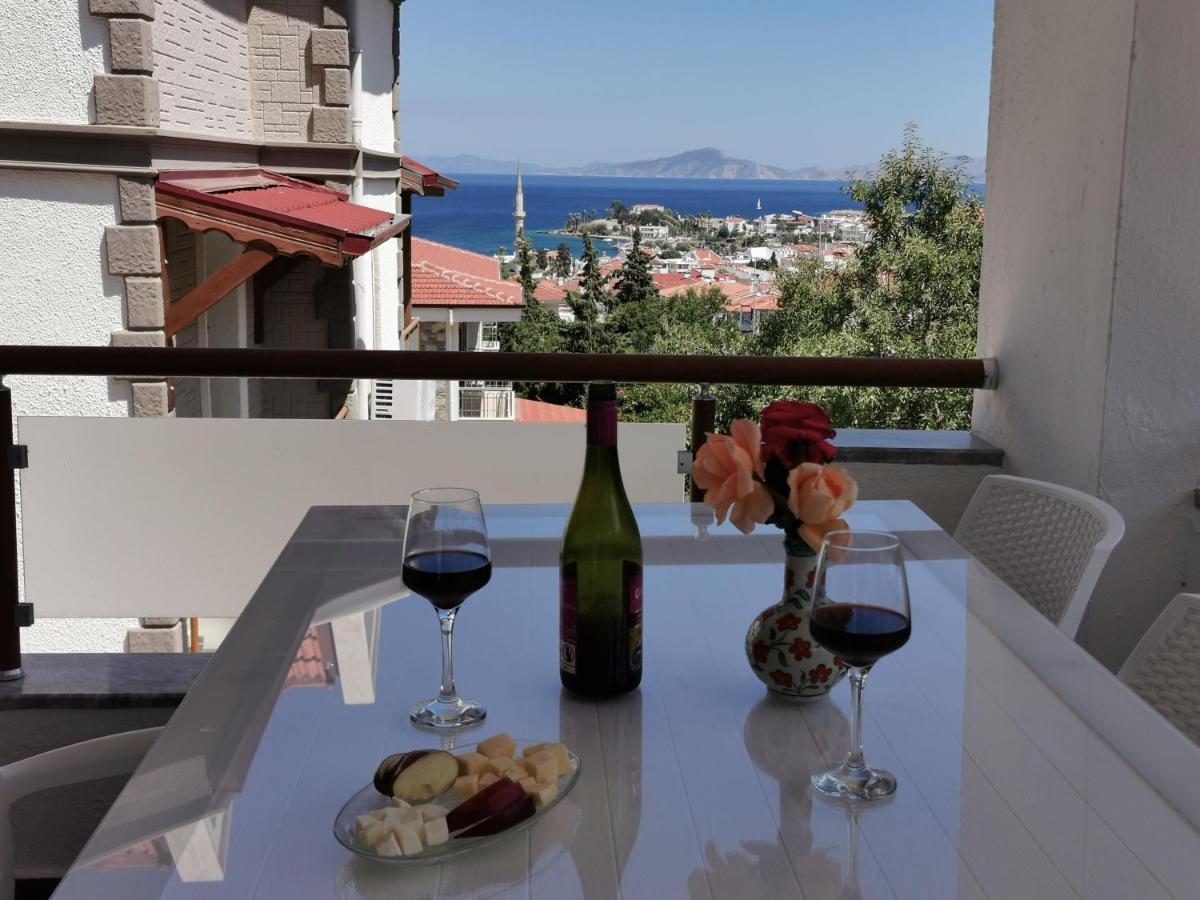Апартаменты/квартира  New 2 plus 1 apartment with sea view in Datça Center  - отзывы Booking