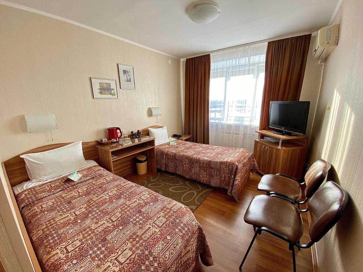 Отель  Космос Бизнес Отель  - отзывы Booking