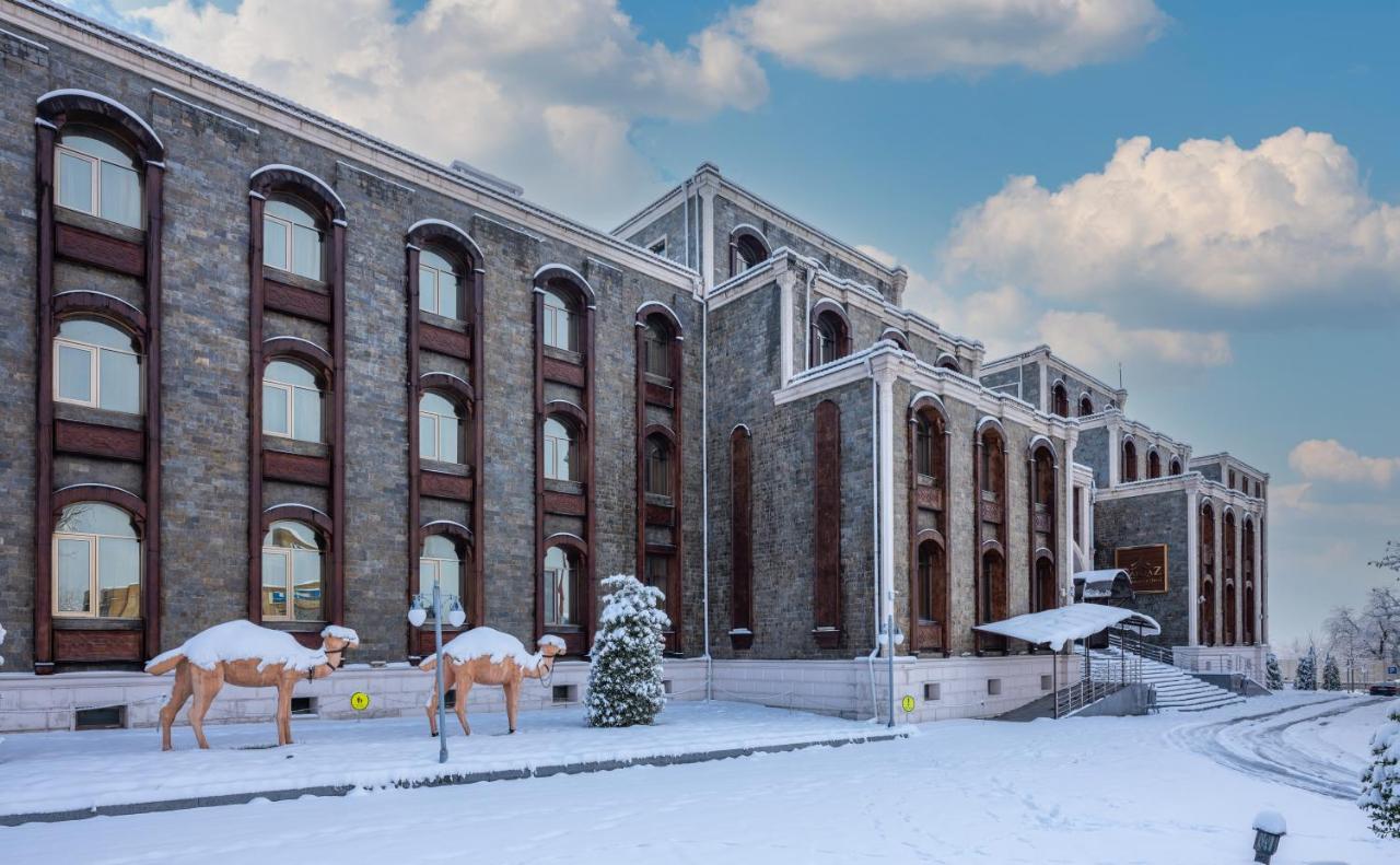 Отель  Qafqaz Karvansaray Hotel